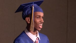Non-verbal grad gives groundbreaking graduation speech