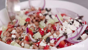 How to make cucumber and black-eyed pea salad