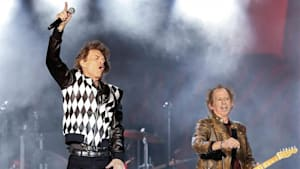 Mick Jagger makes triumphant return to stage