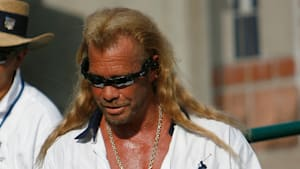 Ins künstliche Koma versetzt: Kopfgeldjäger Chapman in großer Sorge
