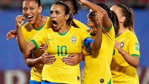 Brazilian star gives inspiring speech after loss