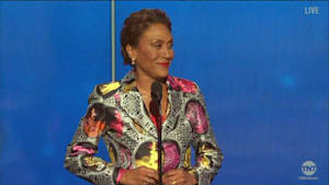Robin Roberts honored with the Sager Strong Award at the 2019 NBA Awards
