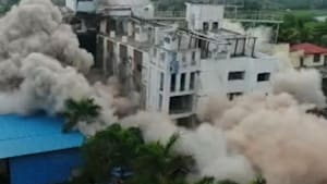 Controlled explosion demolishes three-star hotel