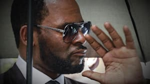 R. Kelly arrested on federal charges