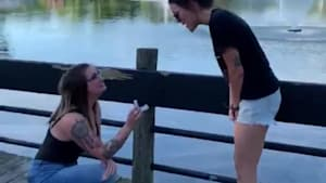 Girl surprises girlfriend with ring mid-photoshoot