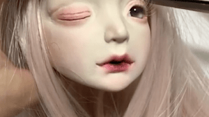 These creepy dolls are super realistic