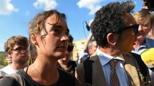 Carola Rackete wird von der Staatsanwaltschaft verhört