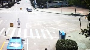 Hero chases down driverless car and stops it