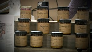 Brothers start candle company to help the homeless