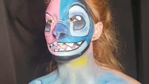 U.K. mom uses makeup to turn into characters from Disney's Lilo and Stitch film