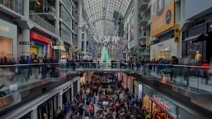 All The Canadian Stores That Closed This Year