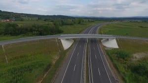 Erste von Chinesen gebaute Autobahn in Serbien eröffnet