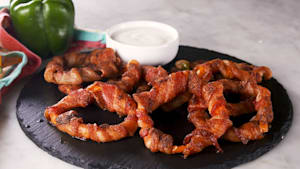 Bacon-wrapped bell pepper rings = low-carb dream