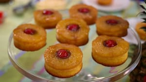 Mini baked goods recipes: Two treats to try