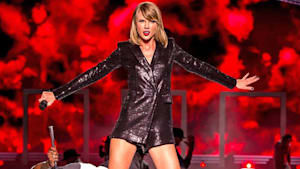 Taylor Swift plans on re-recording albums