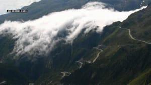 VIDEO: Wenn Wolken wie Flüsse strömen - am Grimsel Pass (2165m)