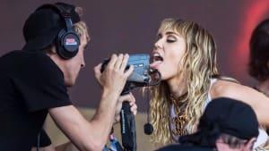 Miley Cyrus: Penis-Foto kostet sie einen Job
