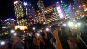 """Menschenkette in Hongkong: Erinnerung an den """"Baltischen Weg"""" von 1989"""