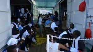 """Odyssee beendet: """"Ocean Viking"""" legt in Malta an"""