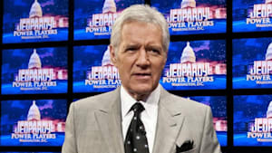 Alex Trebek returns to 'Jeopardy!' after treatment