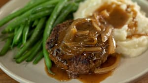 How to make hamburger steak with onion gravy