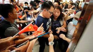 Hongkong: Gewalttätige Konfrontationen zwischen pro-chinesischen Demonstranten und Regierungsgegnern