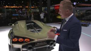 Mitja Borkert, Leiter von Centro Stile, präsentiert den neuen Lamborghini Sián FKP 37