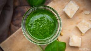 Selbstgemachtes Pesto: Mit diesem Rezept gelingt es perfekt!