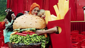 Katy Perry will ein gutes Vorbild für die jüngeren Fans sein