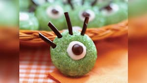 How to make ogre eye cookies