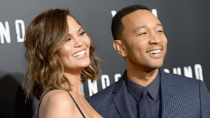 John Legend bribes contestant with Chrissy Teigen