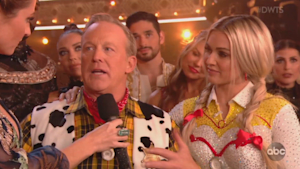 Sean Spicer has emotional night on 'DWTS'