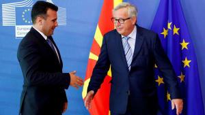 Macron blockiert EU-Erweiterung, Merkel macht Druck