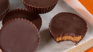 How to make keto Reese's cups