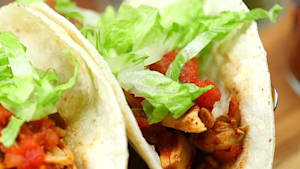 Crockpot chicken tacos make dinners a breeze