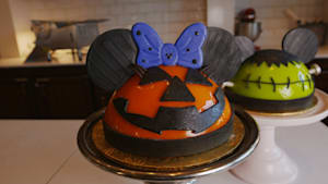 Gigantic pumpkin Minnie Mouse cake