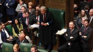 Johnson will trotz Abstimmungsschlappe Brexit-Termin halten