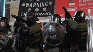 Hongkong: Wasserwerfer trifft versehentlich Moschee