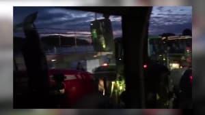 Traktor-Konvoi: 1000 Trecker bringen Bonns Verkehr zum Stillstand!
