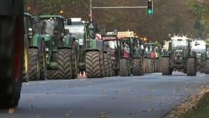 Nicht mit uns - Agrarpolitik treibt deutsche und französische Bauern auf die Barrikaden