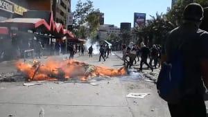 Nach Unruhen: Chilenischer Präsident kündigt soziale Agenda an