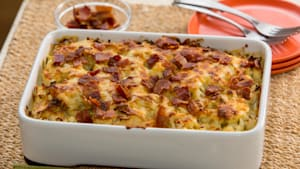 Thanksgiving Favorites: cheesy cauliflower and leek gratin