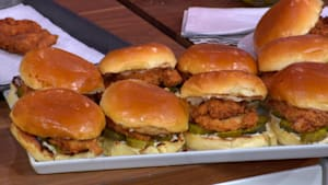 How to make Popeyes chicken sandwich at home