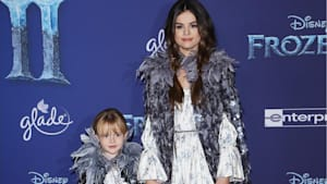 Selena Gomez & sister steal show at 'Frozen 2'