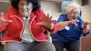 Senior home puts on killer 'Thriller' performance