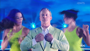 Fans rejoice as Sean Spicer is eliminated on DWTS