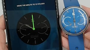 This stylish smartwatch charges itself