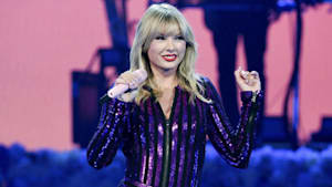 Taylor Swift says catalog owners ruined AMA's plan