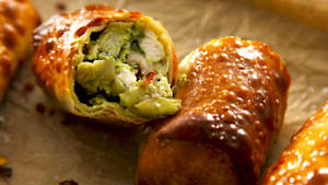 Air fryer avocado spinach artichoke egg rolls