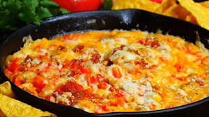 This skillet white chicken chili dip